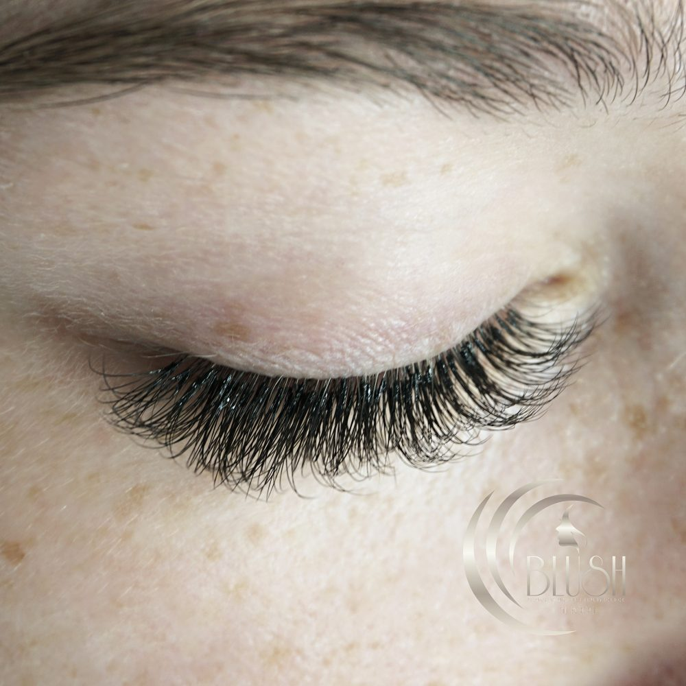 3d russian volume eyelash extensions bournemouth